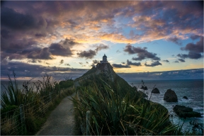 22, Nugget Point Sunrise, Malcolm Roberts